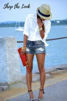 white business shirt, dark blue denim shorts with destroyed effects, white and black suede pumps with L - Mode - Shorts Denim Cutoff Shorts, Ripped Denim, Women's Shorts, Shorts With Heels, Denim Heels, Ripped Shorts, Casual Summer Outfits, Short Outfits, Outfit Summer