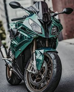 Cafe Racing, Cafe Racer Motorcycle, Motorcycle Garage, Motorcycle Helmets, Triumph T100, Motorcross Bike, Concept Motorcycles, Kawasaki Vulcan, Bmw S1000rr