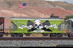 Net Photo: SP 490254 Southern Pacific Railroad Covered Hopper at Salt Lake City, Utah by James Belmont Graffiti Murals, Street Art Graffiti, Railroad Photography, Train Art, Rail Car, Trains, Vintage New York, Train Rides, Bunt