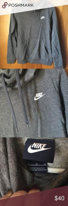 Nike hoodie NEVER WORN Never worn grey nike hoodie Nike Sweaters