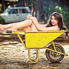 Parineeti (JPEG Image, 610 × 610 pixels)