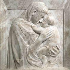 DONATELLO Pazzi Madonna 1420-30s. Marble, 75 x 70 cm. Staatliche Museen, Berlin