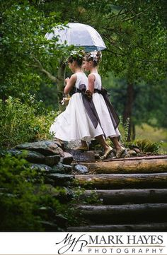 Rainy Wedding Day Photos - Be Inspired! | Totally Love It