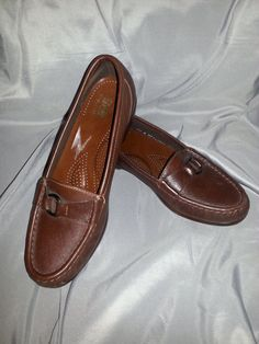 caf4e3fba15 This item is unavailable. Brown LoafersVintage Ladies