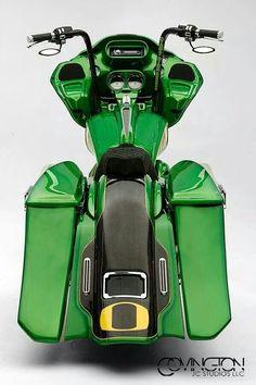Sweet !!!  GREEN  IS EVERYWHERE!! Custom Baggers, Custom Harleys, Custom Bikes, Green Motorcycle, Bagger Motorcycle, Harley Bagger, Harley Softail, Harley Davidson Street Glide, Harley Davidson Motorcycles