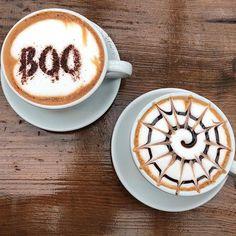 The best way to kick start a soggy Monday morning.... Heligan Halloween coffee art 🎃👻 ☕️ #heliganhalloween #cornwall #pentewan #coffeeart #mondaymorningcoffee