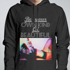 メンズブラックパーカー Be your Own kind Of Beautiful