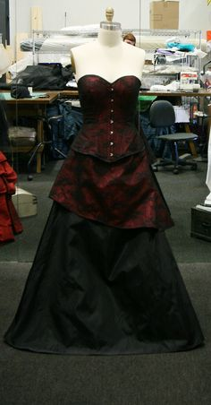 Gothic wedding gown-custom made corset by thesecretboutique