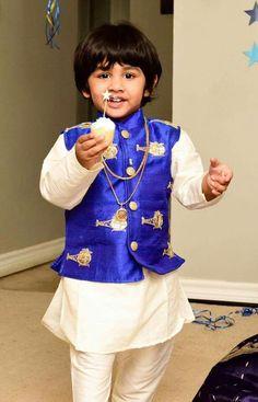 Baby Boy Ethnic Wear, Kids Ethnic Wear, Baby Boy Dress, Baby Boy Outfits, Kids Outfits, Kids Wear Boys, Baby Boys, Kids Kurta Pajama, Kids Indian Wear