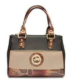 Todos os dias chic com uma mala Cavalinho! Everyday chic with a Cavalinho handbag! Ref: 1150037