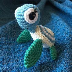 Maradék teknős  Majdnem minden elfogyott! . Leftover turtle  Almost all yarn gone! #crochet #crochetersofinstagram #crochetaddict #yarn #yarnaddict #lefover #scraps #turtle amigurumi #handmade #madewithlove #madebyme #mik #instahun #kézzelkészült #hm #horgolás #horgolnijó #relax #fonal #fonalmánia #dmc #dmcnaturajustcotton #cotton #teknős