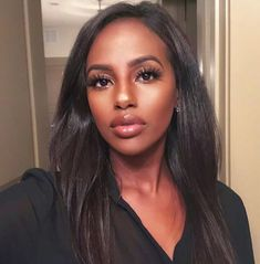 Uploaded by ♚. Find images and videos about girl, beautiful and black on We Heart It - the app to get lost in what you love. Dark Skin Makeup, Dark Skin Beauty, Hair Makeup, Hair Beauty, Natural Makeup, Beautiful Dark Skinned Women, Beautiful Black Girl, Black Girl Makeup, Girls Makeup