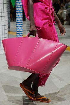 Marni | Accessorio del giorno Primavera Estate 2020 | Vogue Italia Spring Fashion, Fashion Show, Women's Fashion, Purple Fashion, Paris Fashion, Fashion Brand, Big Spring, 2020 Fashion Trends, Shoes