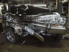 Badly hit 63 Impala.... Vintage Cars, Antique Cars, Worst Day, Car Crash, Kustom, Impala, Old Cars, Ford Mustang, Cars And Motorcycles
