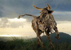 criaturas a partir de madera flotante