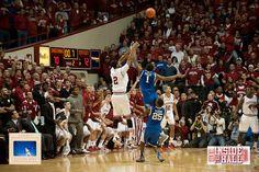 Christian Watford Buzzer Beater against Kentucky.  Google Image Result for http://www.insidethehall.com/wp-content/uploads/2011/12/IUUK-51.jpg