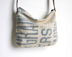 Grain Sack Cross Body Bag Clutch Purse, Crossbody Bag, Coffee Sacks, Shabby Look, Baggage Claim, Sack Bag, Diy Bags, Grain Sack, Comfy Clothes