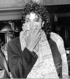 Mike ♥ Those hands ♥ Those eyes ♥ That hair ♥ THIS GUY! ♥ THIS KING ♥