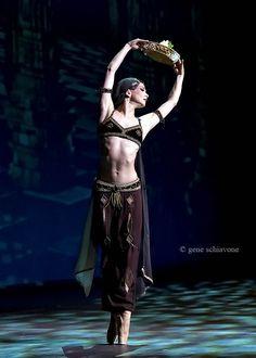 "Evgenia Obraztsova in ""La Bayadère"" – Anna Pavlova Gala | Dance. Passion. Life."