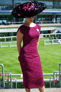 Royal Ascot has celebrated 300 years www.agirlinwonderhats.com