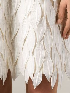 Embroidered petal applique dress with soft white textures; close up fashion detail // Giambattista Valli - Fashion New Trends Fashion Fabric, Fashion Art, Fashion Design, Dress Fashion, Fashion Clothes, Fashion Ideas, Work Fashion, Unique Fashion, Trendy Fashion