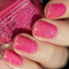 Hot pink sparkly nails. Pink Sparkly Nails, Pink Holographic Nails, Neon Pink Nails, Sparkle Nails, Pink Nail Designs, Short Nail Designs, Nail Polish Designs, Nails Design, Wedding Nail Polish