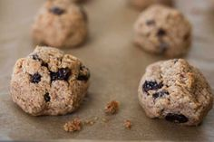 Cinnamon Raisin Almond Cookie Munchies: Craving something sweet? Treat yourself to these healthy cookie recipes!