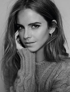 the reat actress and humble feminist Emma Watson! Emma Watson by Bernardo Doral for Elle Spain Photo Portrait, Portrait Photography, Modeling Photography, Celebrity Photography, Makeup Photography, Glamour Photography, Portrait Shots, Female Portrait, Lifestyle Photography
