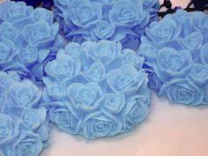 Sabonete Provence de rosas. R$3,50 a unidade. Provence soap. Entrega em mãos em São José dos Campos. (12) 98818-3534 lembrancinhas.maria@yahoo.com