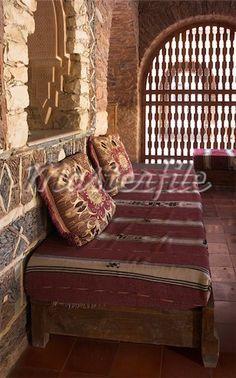 Moroccan Interior Design   Textured Walls And Spicy Colors