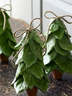 These tiny lemon leaf Christmas trees are perfect decorations for any room in your house. #christmas #holiday #crafts