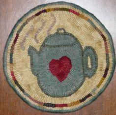 Pot of Love Mat Rug Hooking Kit by woolyredrug on Etsy https://www.etsy.com/listing/207478151/pot-of-love-mat-rug-hooking-kit