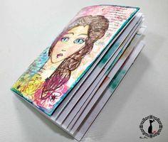 Tutorial cuaderno con costura y archivos descargables para imprimir: http://cinderellatmidnight.com/2015/02/02/sorpresa-sorpreeesaaaa-tutorial-libreta-scrap-cinde-chuches-descargables/