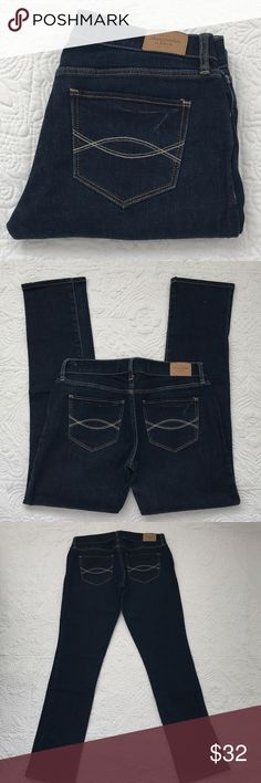 """Abercrombie & Fitch jeans In excellent condition. Dark wash. Rise 7"""" inseam hemmed to 30"""" waist 30"""" 98% cotton 2% elastane Abercrombie & Fitch Jeans Skinny"""