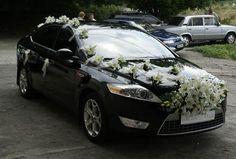 Carro de boda con flores