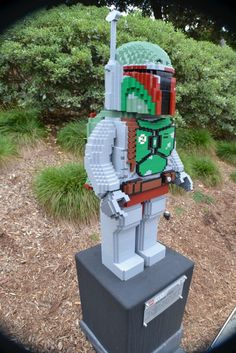 LEGO Star Wars Miniland USA  Totally cool! A Boba Fett mini figure is rocking on my Car key chain!