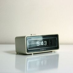 Flip Number Alarm Clock by General Electric