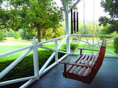 Outdoor Porch Swing White : Patio Backyard Porch - Smart Tips Outdoor Porch Swing To Make Your Afternoon Good Outdoor Patio Swing, Backyard Patio, Porch Swing Frame, Yard Swing, Outside Swing, Wooden Swings, Porch Wooden, Big Front Porches, Swing Design
