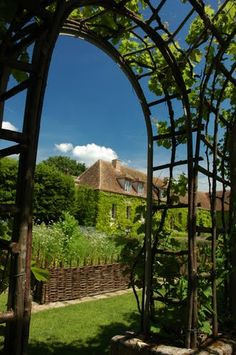 Jardin la fran aise on pinterest france luxembourg for Jardin a la francaise