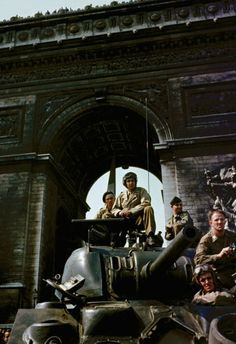 """Tanks under the Arc de Triomphe in Paris during liberation celebrations, August1944."""