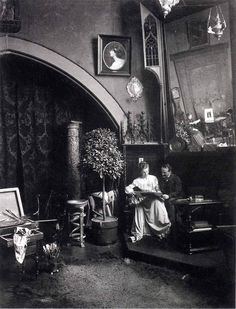 Philip de Lászlóand his wife, née Lucy Guinness, in the artist's studio at home in Budapest, 1903.