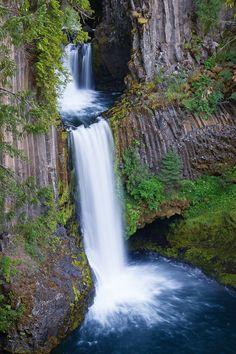Pictures of Toketee Falls | Northwest Waterfall Survey  TOKETEE FALLS DOUGLAS COUNTY, OREGON