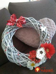Valentine Decorations, Vence, Grapevine Wreath, Grape Vines, Wreaths, Door Wreaths, Vineyard Vines, Valentines Day Decorations, Deco Mesh Wreaths