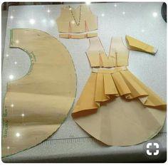 Alinti Diger sayfam👉👉 @miniktasarimlar_dikismelegi #sew #sewing #sewinglove #pattern #dresmaking #seamdress #fashion #burdastayle #dikis…