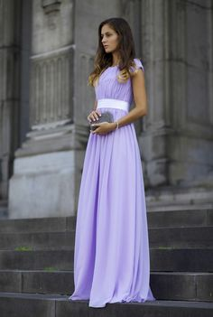 Decent Princesse Kate Style: Floor-Length Ruffles Chiffon Celebrity Dress Offered for Your Best Look Modest Formal Dresses, Modest Bridesmaid Dresses, Modest Outfits, Modest Fashion, Homecoming Dresses, Modest Purple Dress, Dress Prom, Light Purple Prom Dress, Lilac Dress