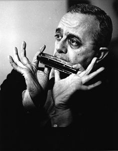 Larry Adler (1914-2001) - American musician (pianist, composer an acknowledged as one of the world's most skilled harmonica players) - Photo Horst Tappe, UK 1966
