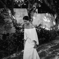 Depuis 2016, Courtney et Phoebe, le duo à la tête de la marque de robes de mariée Lola Varma, fait de plus en plus parler de lui en Australie, mais pas que. La raison? Leurs créations épurées, impeccablement réalisées, ainsi que leur capacité à coller à l