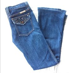 """⚡️SALE⚡️Frankie B Jeans Size 4 Very unique button closure back pockets nice dark wash. Has been professionally hemmed to length of 29.5"""" inseam Frankie B. Jeans Boot Cut"""