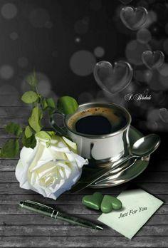 Health Benefits Of Coffee Coffee Barista, Coffee Cafe, Coffee Drinks, Coffee Shop, I Love Coffee, Best Coffee, My Coffee, Good Morning Coffee, Coffee Break