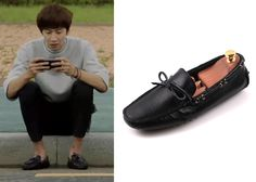 "Lee Kwang-Soo 이광수 in ""It's Okay, That's Love"" Episode 5.  Snow Bison DR-1217 Driving Shoes / Men's loafers #Kdrama #ItsOkayThatsLove 괜찮아, 사랑이야 #LeeKwangSoo"